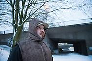 Mindestens 14 obdachlose Männer sind in diesem Winter in Deutschland schon erfroren, einer davon in Hamburg. Denn auch hier schlafen etliche bei Minusgraden draußen – wie die Hinz&Künztler Klaus und Klau