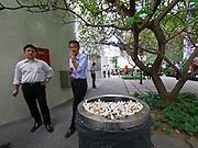 Singapore. Raffles Place. Smoking corner.