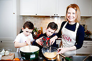 Hillary Graves with husband Dean and children Monty (10) and Ridley (8) &ndash; Mumprenuer Winner December 2016.<br /> <br /> Photo By Ki Price/ Emulsion London Limited