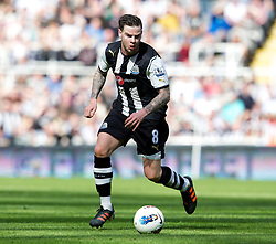 NEWCASTLE-UPON-TYNE, ENGLAND - Sunday, April 1, 2012: Newcastle United's Danny Guthrie during the Premiership match against Liverpool at St James' Park. (Pic by Vegard Grott/Propaganda)