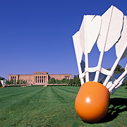 Missouri, Kansas City; Shuttlecocks Sculpture By Oldenburg & Bruggen  On Lawn Of Kansas City Nelson-Atkins Museum Of Art