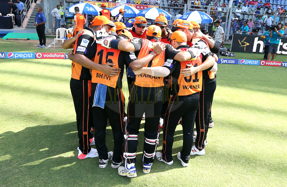Sunrisers Hyderabad huddle before the start of the match 23 of the Pepsi IPL 2015 (Indian Premier League) between The Mumbai Indians and The Sunrisers Hyferabad held at the Wankhede Stadium in Mumbai India on the 25th April 2015.<br /> <br /> Photo by:  Sandeep Shetty / SPORTZPICS / IPL