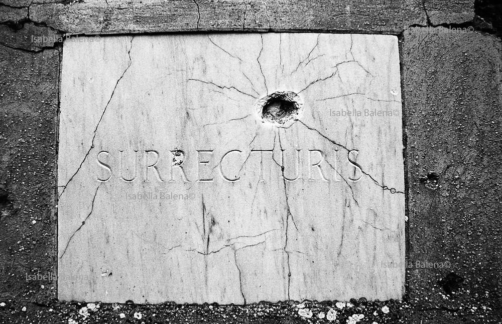 Italia, 2004, dal libro Ci resta il nome. Marzabotto/Monte Sole (Bologna). arte, arts, cultura, culture, monument, monumento, sito storico, heritage site