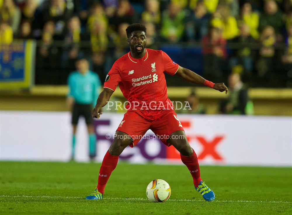 VILLRREAL, SPAIN - Thursday, April 28, 2016: Liverpool's Kolo Toure in action against Villarreal CF during the UEFA Europa League Semi-Final 1st Leg match at Estadio El Madrigal. (Pic by David Rawcliffe/Propaganda)