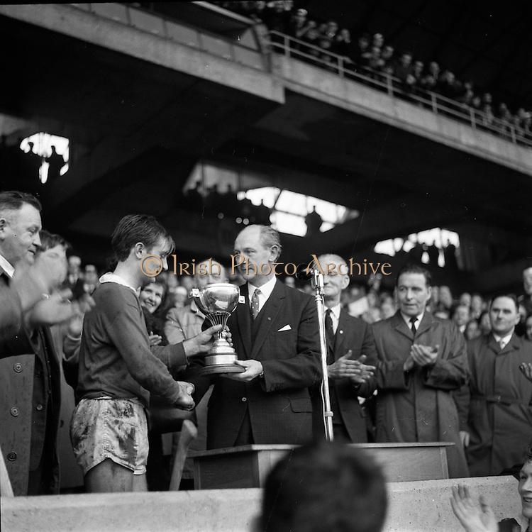 13/11/1966<br /> 11/13/1966<br /> 13 November 1966<br /> Under 21 Hurling Final: Cork v Wexford at Croke Park, Dublin.