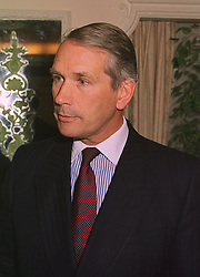 VISCOUNT ULLSWATER Private Secretary to HRH Princess Margaret, at a lunch in london on 10th December 1998.MMW 18