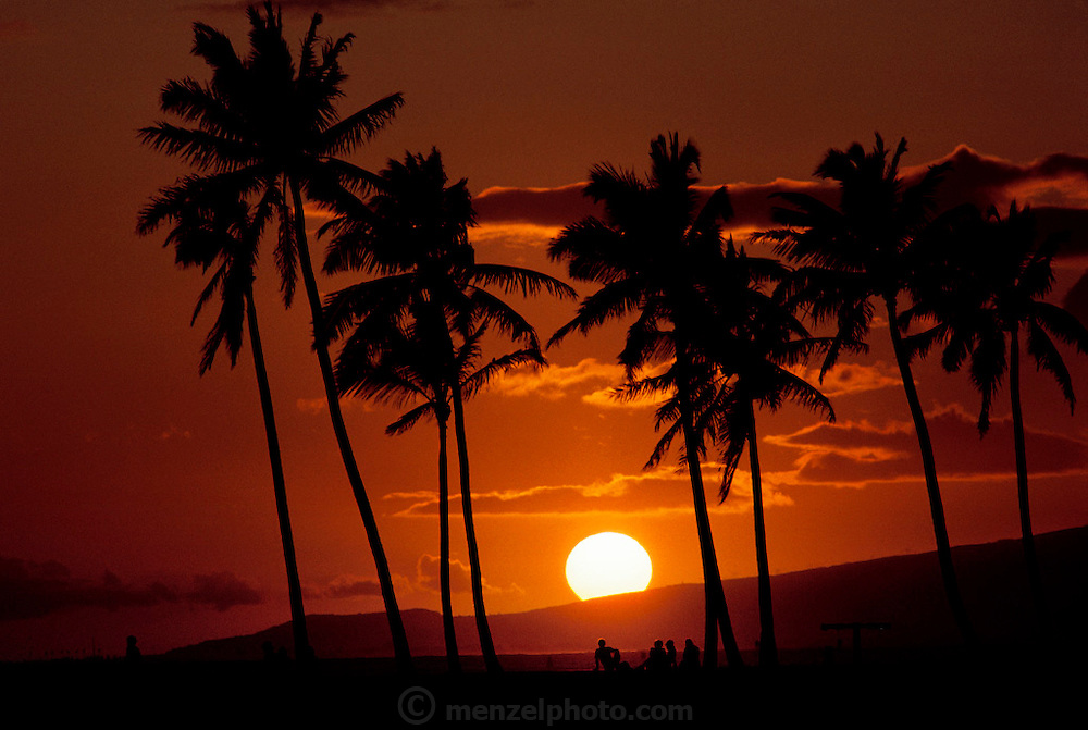 Sunset in Honolulu, Hawaii. USA.
