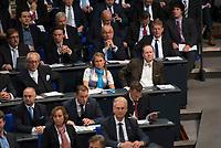 DEU, Deutschland, Germany, Berlin, 24.10.2017: Abgeordnete der Partei Alternative für Deutschland (AfD) bei der konstituierenden Sitzung des 19. Deutschen Bundestags mit Wahl des Bundestagspräsidenten.