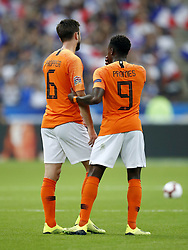(L-R) Davy Propper of Holland, Quincy Promes of Holland during the UEFA Nations League A group 1 qualifying match between France and The Netherlands on September 09, 2018 at Stade de France in Saint Denis,  France