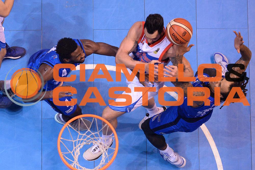 David Moss, Christian Burns<br /> Red October Cantu - Germani Leonessa Basket Brescia<br /> LegaBasket Serie A 2017/2018<br /> Desio, 04/12/2017<br /> Foto M.Ceretti / Ciamillo - Castoria