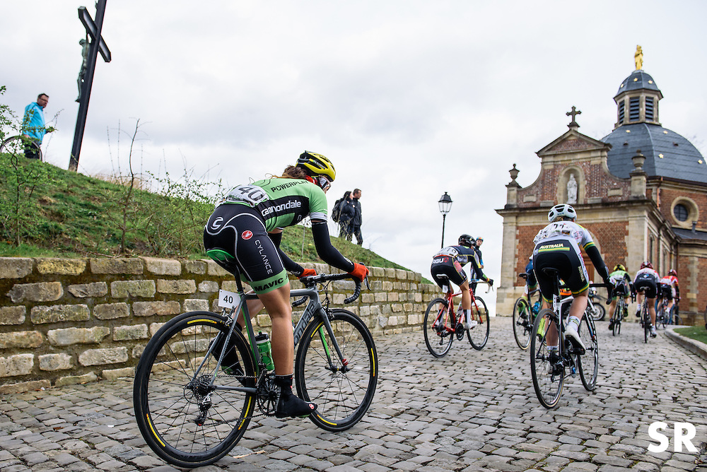 Sheyla Gutierrez has the famous chapel atop Muur van Geraardsbergen in her sights - Pajot Hills Classic 2016, a 122km road race starting and finishing in Gooik, on March 30th, 2016 in Vlaams Brabant, Belgium.