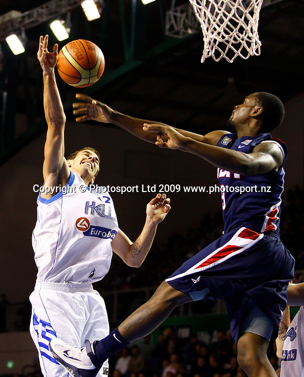 Greece's Vlantmir Giankovits is blocked by USA's Terrico White. U19 Basketball World Championship, Grand Final, Greece v USA, North Shore Events Centre, Auckland. 12 July 2009. Photo: Anthony Au-Yeung/PHOTOSPORT