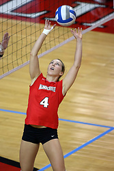 06 SEP 2008: Erin Lindsey sets up the ball in a match between the Redbirds of Illinois State university and the Golden Grizzlies of Oakland.  The Redbird Classic is held on Doug Collins Court in Redbird Arena located on the campus of Illinois State University in Normal IL.