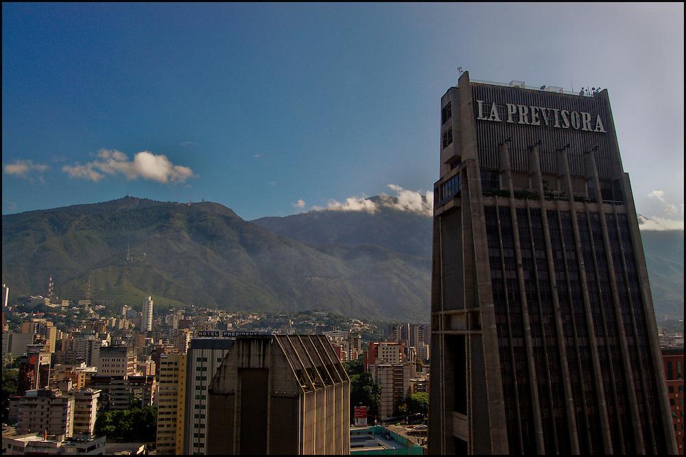 PLAZA VENEZUELA - CARACAS - VENEZUELA<br /> Photography by Aaron Sosa<br /> Caracas - Venezuela 2007<br /> (Copyright © Aaron Sosa)
