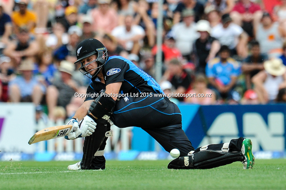 Nathan McCullum of the Black Caps in action  in the first ODI, Black Caps v Sri Lanka, at Hagley Oval, Christchurch, 11 January 2015. Photo:John Davidson/www.photosport.co.nz
