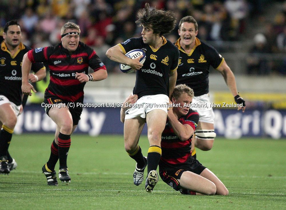 Wellington's Conrad Smith in action during the NPC Div 1 Final, Saturday 24 October 2004,Westpac Stadium, Wellington, New Zealand. Canterbury defeated Wellington 40-27.<br />PHOTO: Andrew Cornaga<br />Photosport