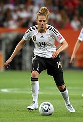 30.06.2011, Commerzbank Arena, Frankfurt, GER, FIFA Women Worldcup 2011, Gruppe A, Deutschland (GER) vs. Nigeria (NGA), im Bild .Kim Kulig (GER)  .// during the FIFA Women Worldcup 2011, Pool A, Germany vs Nigeria on 2011/06/30, Commerzbank Arena, Frankfurt, Germany.  EXPA Pictures © 2011, PhotoCredit: EXPA/ nph/  Karina Hessland       ****** out of GER / CRO  / BEL ******
