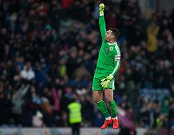 Thomas Heaton of Burnley celebrates Ashley Barnes' late penalty - Mandatory by-line: Jack Phillips/JMP - 02/02/2019 - FOOTBALL - Turf Moor - Burnley, England - Burnley v Southampton - English Premier League