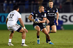 Jonathan Joseph of Bath Rugby in possession - Mandatory byline: Patrick Khachfe/JMP - 07966 386802 - 06/12/2019 - RUGBY UNION - The Recreation Ground - Bath, England - Bath Rugby v Clermont Auvergne - Heineken Champions Cup