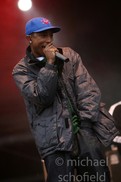 Pharrell on the main stage at T in the Park, Saturday 2006..©Michael Schofield..