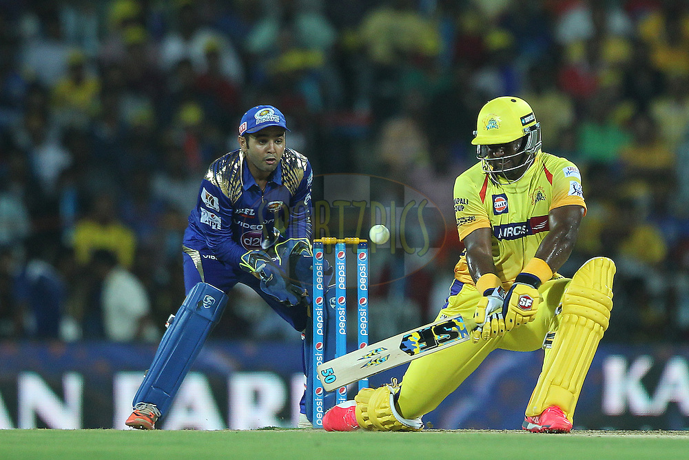 Dwayne Smith of the Chennai Superkings referse sweeps for four during match 43 of the Pepsi IPL 2015 (Indian Premier League) between The Chennai Superkings and The Mumbai Indians held at the M. A. Chidambaram Stadium, Chennai Stadium in Chennai, India on the 8th May April 2015.<br /> <br /> Photo by:  Ron Gaunt / SPORTZPICS / IPL