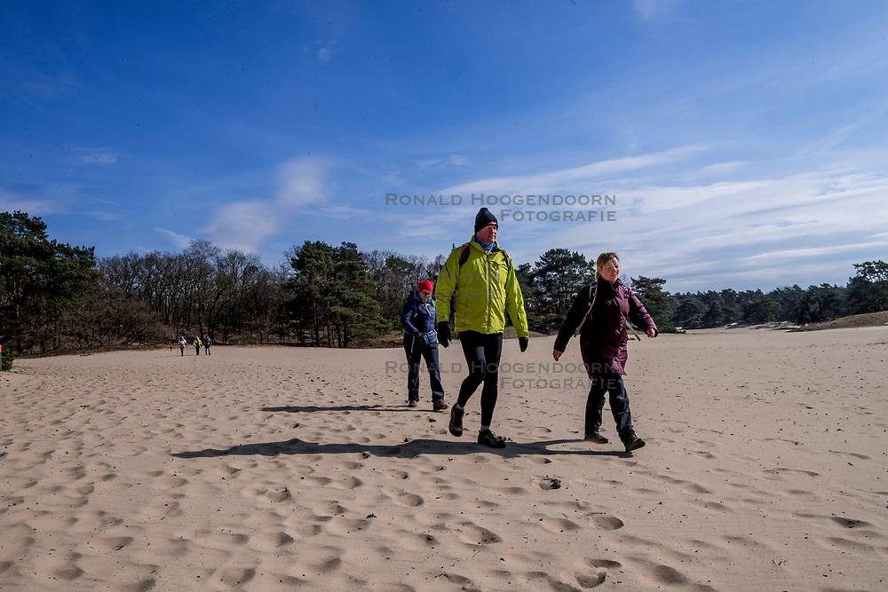 18-03-2018 NED: We hike to change diabetes, Soest<br /> Training voor de Camino 2018 op de Soesterduinen / track hiking lopen zand Eric, Wanda, Michelle