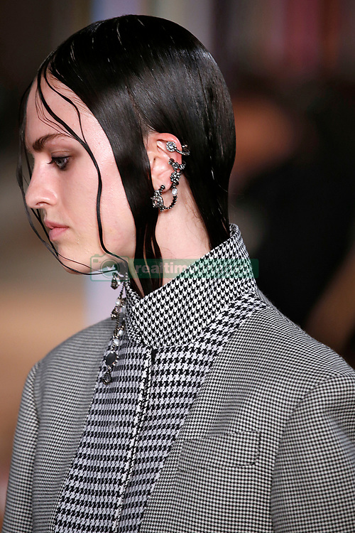 October 3, 2017 - Paris, France - Image licensed to i-Images Picture Agency. 02/10/2017. Paris, France. Alexander McQueen show at Paris Fashion Week for spring/summer 2018.  Picture by i-Images (Credit Image: © i-Images via ZUMA Press)