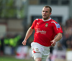 WREXHAM, WALES - Monday, May 7, 2012: Wrexham's Neil Ashton in action against Luton Town during the Football Conference Premier Division Promotion Play-Off 2nd Leg at the Racecourse Ground. (Pic by David Rawcliffe/Propaganda)
