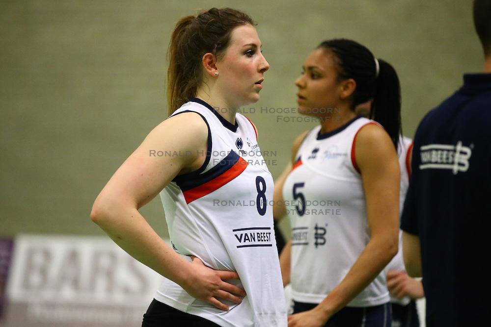 20160409 NED: Volleybal: Sliedrecht Sport - Eurosped TVT, Sliedrecht  <br />Lynn Thijssen, Celia Diemkoudre