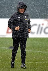 10.03.2010, Juventus Center, Turin, ITA, UEFA EL, Juventus Turin Training, im Bild Alberto Zaccheroni (Trainer Juventus), EXPA Pictures © 2010, PhotoCredit: EXPA/ InsideFoto/ G. Perottino / for Slovenia SPORTIDA PHOTO AGENCY.