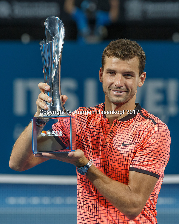GRIGOR DIMITROV (BUL) mit Pokal, Siegerehrung, Praesentation<br /> <br /> Tennis - Brisbane International  2017 - ATP -  Pat Rafter Arena - Brisbane - QLD - Australia  - 8 January 2017. <br /> &copy; Juergen Hasenkopf