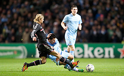 07.12.2011, City of Manchester Stadion, Manchester, ENG, UEFA CL, Gruppe A, Manchester City (ENG) vs FC Bayern München (GER), im Bild Manchester City's Sergio Aguero in action against FC Bayern Munchen's Anatoliy Tymoshchuk during the football match of UEFA Champions league, group A, between Manchester City (ENG) and FC Bayern München (GER), at City of Manchester Stadium, Manchester, United Kingdom on 07/12/2011. EXPA Pictures © 2011, PhotoCredit: EXPA/ Propaganda/ David Rawcliff..***** ATTENTION - OUT OF ENG, GBR, UK *****