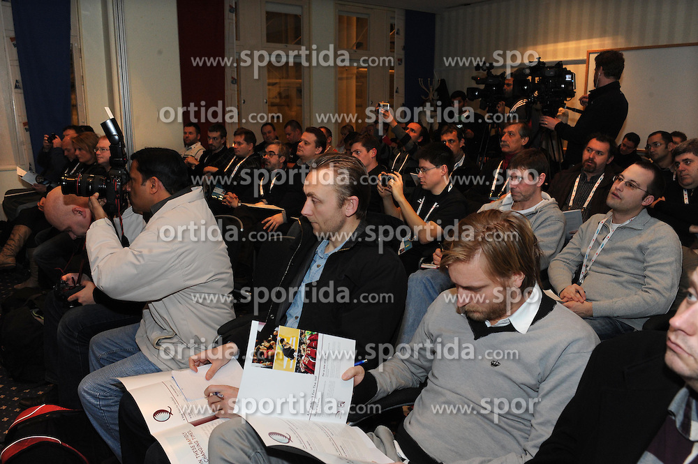 27.01.2011, Malmoe, SWE, IHF Handball WM Vergabe an Qatar, im Bild Announcement organizer World Handball Championship in 2015.Championship will be held in Qatar., EXPA/ Newspix/ MAREK BICZYK +++++ ATTENTION - FOR AUSTRIA/ AUT, SLOVENIA/ SLO, SERBIA/ SRB an CROATIA/ CRO, SWISS/ SUI and SWEDEN/ SWE CLIENT ONLY +++++