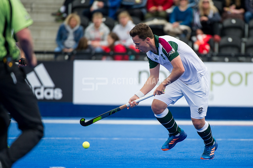 Surbiton's Alan Forsyth. Holcombe v Surbiton - Semi-Final - Men's Hockey League Finals, Lee Valley Hockey & Tennis Centre, London, UK on 22 April 2017. Photo: Simon Parker