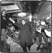 Richard Rubenstein.  Son of Howard Rubenstein Handling the press at party in Ivana Trump's apartment. <br />© Copyright Photograph by Dafydd Jones 66 Stockwell Park Rd. London SW9 0DA Tel 020 7733 0108 www.dafjones.com