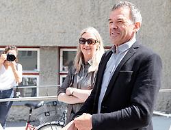06.05.2018, Innsbruck, AUT, Bürgermeisterstichwahl Innsbruck, Stimmabgabe, im Bild Katherina und Georg Willi (Die Grünen) // during the mayoral stitch election in Innsbruck, Austria on 2018/05/06. EXPA Pictures © 2018, PhotoCredit: EXPA/ Johann Groder