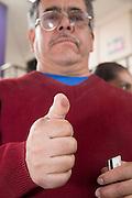 Hombre con el pulgar marcado con tinta indeleble election, elección, elections, elecciones, votacion, 2012, july, julio, democracy, politics, política, democracia, jornada, ciudadanía, ciudadano, citizenship, citizen, participación, lucha, sistema, system