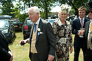 SIR BENJAMIN SLADE, Lunch part hosted by Liz Brewer and Mrs. George Piskova in No; 1 car-park. . Royal Ascot. Tuesday. 14 June 2011. <br /> <br />  , -DO NOT ARCHIVE-© Copyright Photograph by Dafydd Jones. 248 Clapham Rd. London SW9 0PZ. Tel 0207 820 0771. www.dafjones.com.