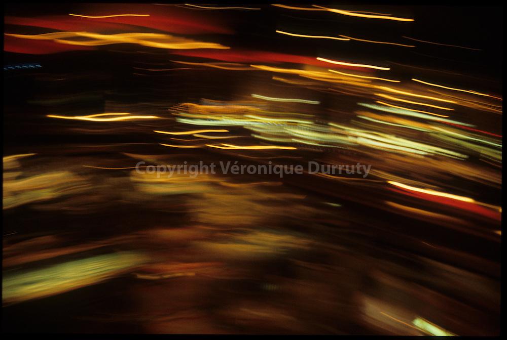 Horses, 2015<br /> <br /> Inspir&eacute; par Land, album Horses de Patti Smith<br /> <br /> 50 cm x 75 cm<br /> Prise de vue et tirage argentique sous plexiglas<br /> Edition de 3 exemplaires<br /> <br /> me contacter v.durruty@gmail.com<br /> <br /> autres formats disponibles.