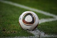 FUSSBALL  1. BUNDESLIGA   SAISON 2009/2010  20. SPIELTAG Symbolbild Fussball