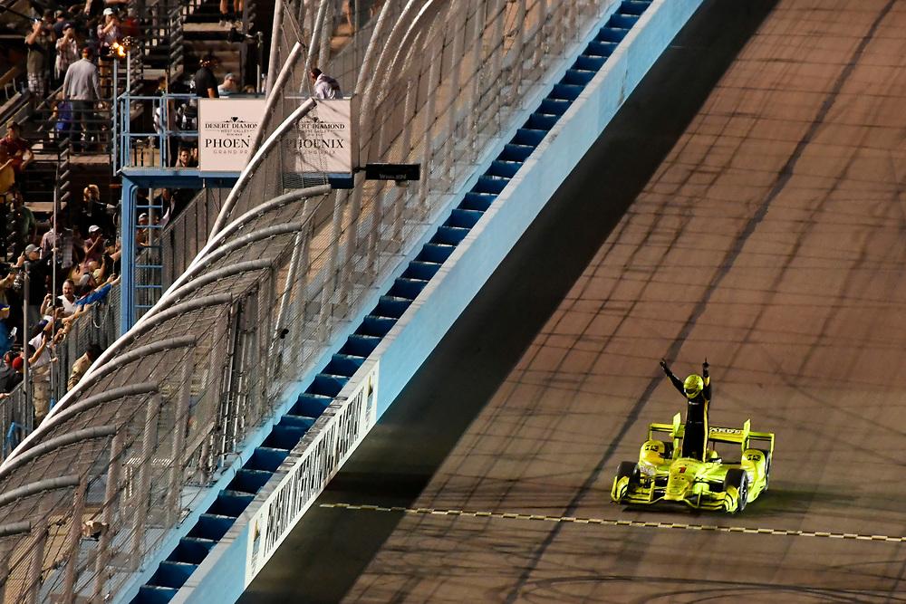 Verizon IndyCar Series<br /> Desert Diamond West Valley Phoenix Grand Prix<br /> Phoenix Raceway, Avondale, AZ USA<br /> Saturday 29 April 2017<br /> Simon Pagenaud, Team Penske Chevrolet celebrates the win on track<br /> World Copyright: Scott R LePage<br /> LAT Images<br /> ref: Digital Image lepage-170429-phx-4554