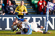 Manuela Furlan of Italy Women is unable to prevent Hannah Gallagher of England Women from scoring a try during the Women's RBS 6 Nations match at Twickenham Stoop , London<br /> Picture by David Horn/Focus Images Ltd +44 7545 970036<br /> 15/02/2015