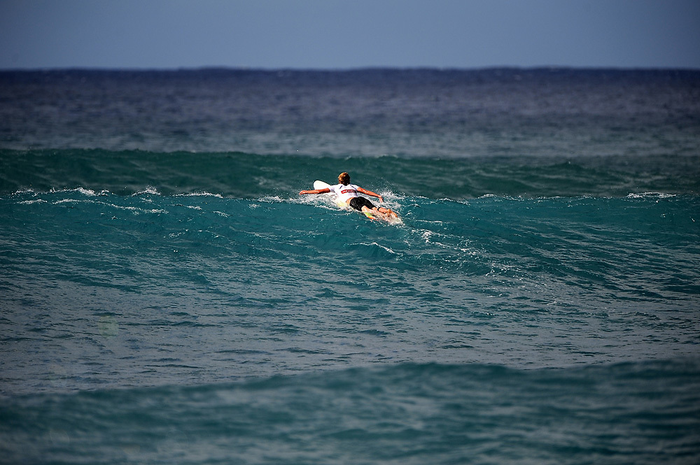 November 2nd 2010:  free surfing at Makaha Oahu-Hawaii. Photo by Matt Roberts/mattrIMAGES.com.au
