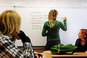 Nederland, Nijmegen, 17-11-2005..Vergadering van de leerlingenraad van een scholengemeenschap. Agenda vaststellen. Inspraak, medezeggingsschap, leerlingen op middelbare school. Raad van scholieren...Foto: Flip Franssen/Hollandse Hoogte