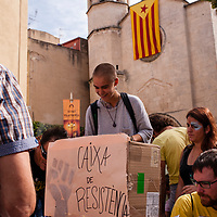 Tuesday, 03 October 2017. Vilafranca del Penedes, Catalonia.  Catalan referendum. People gathered at Placa de la Vila in Vilafranca del Penedes.<br /> As a reaction for the brutality of the spanish police and to support the results of referendum a general strike was decalred on Tuesday 3rd of October 2017.