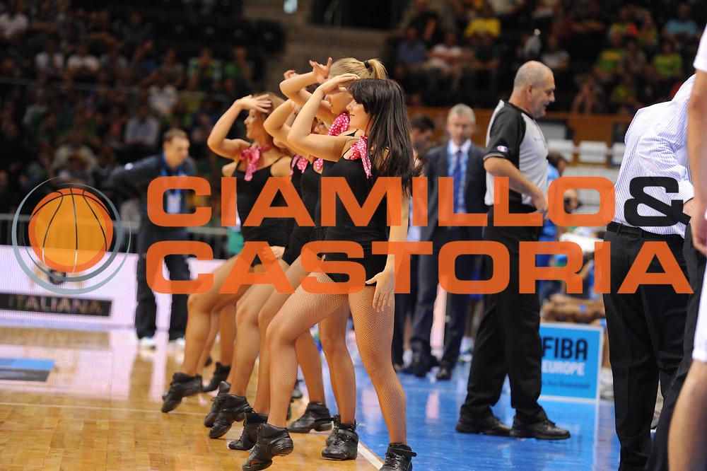 DESCRIZIONE : Siauliai Lithuania Lituania Eurobasket Men 2011 Preliminary Round Serbia Italia Serbia Italy<br /> GIOCATORE : Cheerleaders<br /> SQUADRA :<br /> EVENTO : Eurobasket Men 2011<br /> GARA : Serbia Italia Serbia Italy<br /> DATA : 31/08/2011 <br /> CATEGORIA : <br /> SPORT : Pallacanestro <br /> AUTORE : Agenzia Ciamillo-Castoria/G.Ciamillo<br /> Galleria : Eurobasket Men 2011 <br /> Fotonotizia : Siauliai Lithuania Lituania Eurobasket Men 2011 Preliminary Round Serbia Italia Serbia Italy<br /> Predefinita :