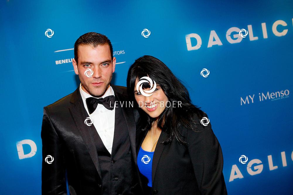 AMSTERDAM - In het Tuschinski Theater is de Nederlandse Triller 'Daglicht' in Premiere gegaan. Met op de foto  Matteo van der Grijn met zijn vrouw Marije. FOTO LEVIN DEN BOER - PERSFOTO.NU