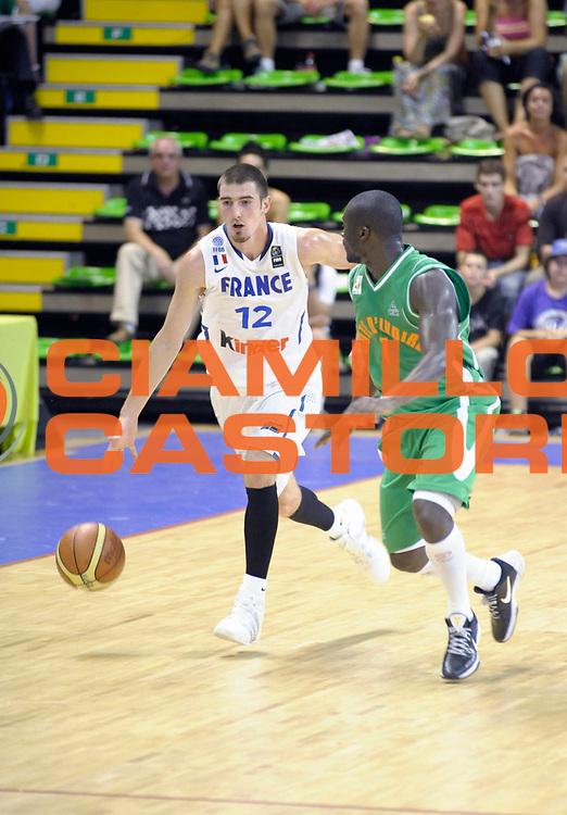 DESCRIZIONE : Tournoi Villeurbanne Preparation Championnat du monde France Cote d'Ivoire<br /> GIOCATORE : De Colo Nando<br /> SQUADRA : France<br /> EVENTO : France Basket Homme 2010<br /> GARA : France Cote d' Ivoire<br /> DATA : 22/08/2010<br /> CATEGORIA : Basketball Action Homme<br /> SPORT : Basketball<br /> AUTORE : JF Molliere FFBB par Agenzia Ciamillo-Castoria <br /> Galleria : France Basket Action Homme 2010 <br /> Fotonotizia : Tournoi Villeurbanne Preparation Championnat du monde France Cote D'Ivoire<br /> Predefinita :