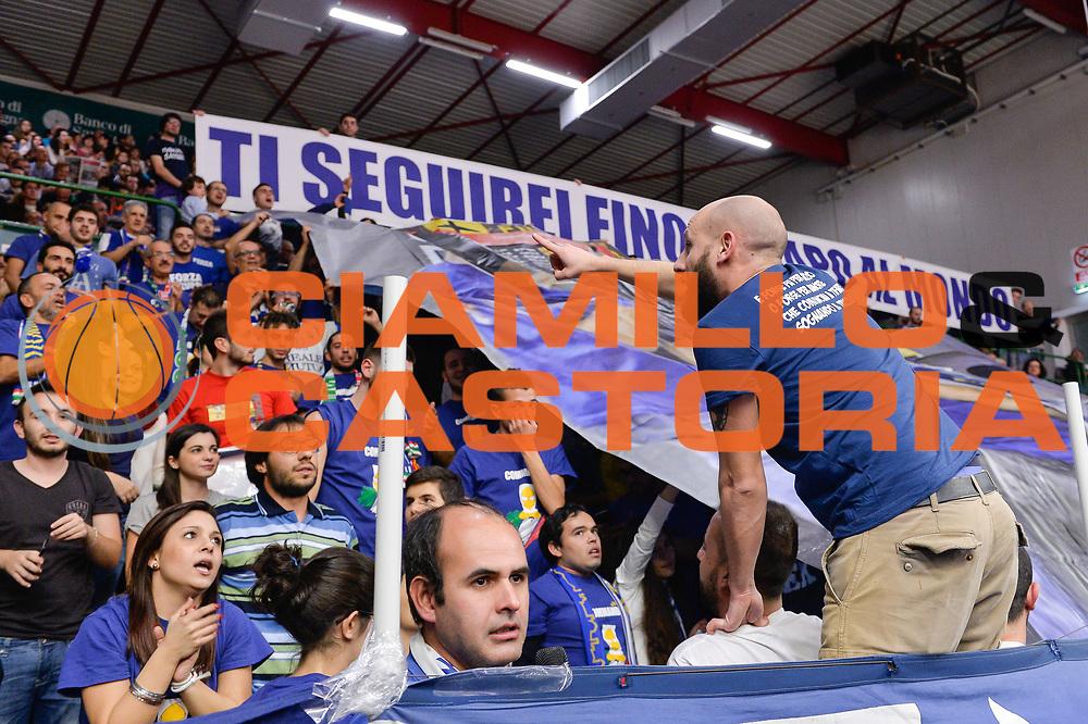 DESCRIZIONE : Campionato 2015/16 Serie A Beko Dinamo Banco di Sardegna Sassari - Grissin Bon Reggio Emilia<br /> GIOCATORE : Commando Ultra' Dinamo<br /> CATEGORIA : Ultras Tifosi Spettatori Pubblico<br /> SQUADRA : Dinamo Banco di Sardegna Sassari<br /> EVENTO : LegaBasket Serie A Beko 2015/2016<br /> GARA : Dinamo Banco di Sardegna Sassari - Grissin Bon Reggio Emilia<br /> DATA : 23/12/2015<br /> SPORT : Pallacanestro <br /> AUTORE : Agenzia Ciamillo-Castoria/L.Canu