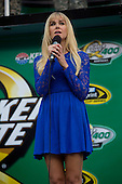 Laura Bell Bundy National Anthem NASCAR Quaker State 400 Sparta, Ky